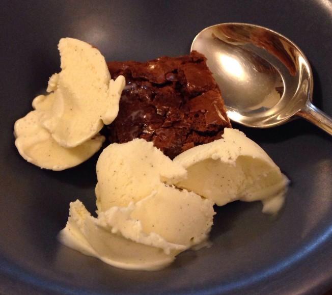 Bron made this amazingly yummy chocolate brownie and vanilla ice cream