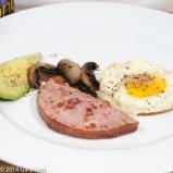 Friday2014-01-24 06.38.44AEDTHam steak with a fried egg, mushroom and avocado.