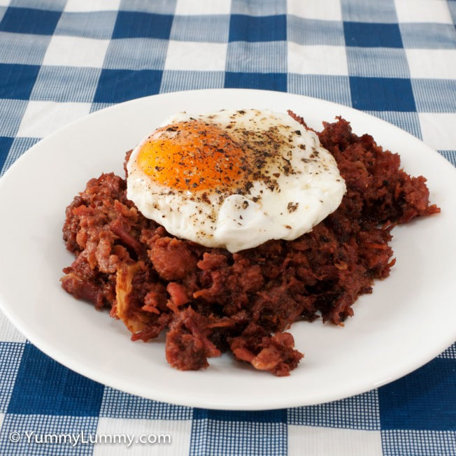 Hashed corned beef served with a fried egg