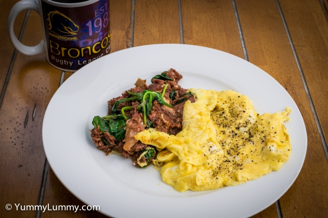 Bringing you #breakfast from the #shelfofshame Corned beef and scrambled eggs with a #coffee from my Brisbane Broncos mug #Canberra #FoodPhotography #LowCarb