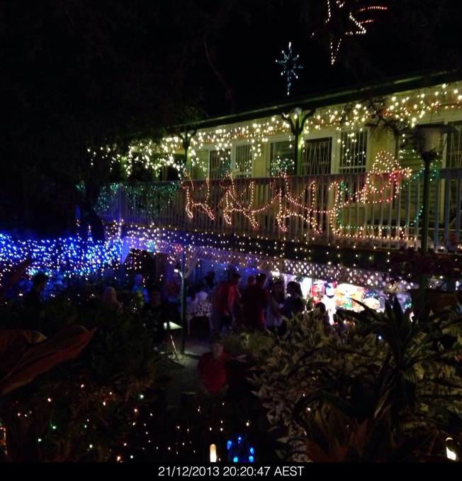 Saturday 2013-12-21 20.20.45 AEST Christmas lights